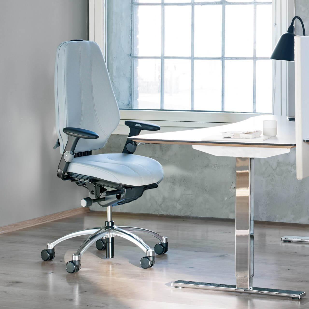 Rh logic 400 XL ergonomische bureaustoel op kantoor