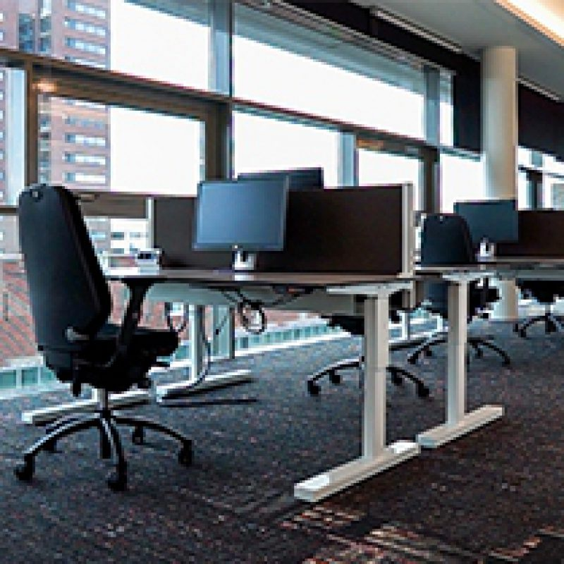 Ergonomische bureaustoelen en hulpmiddelen voor Alwel
