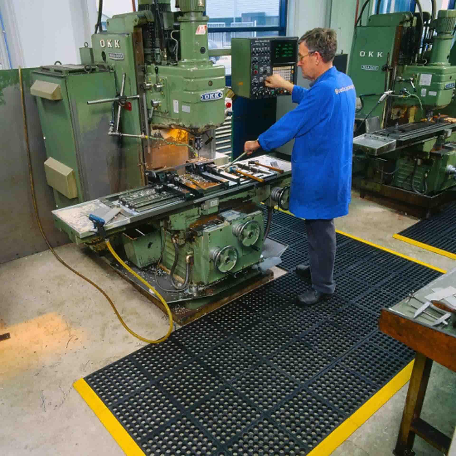 Cushion ease anti vermoeidheidsmatten industriele hulpmiddelen 0006s 0001 Omgeving