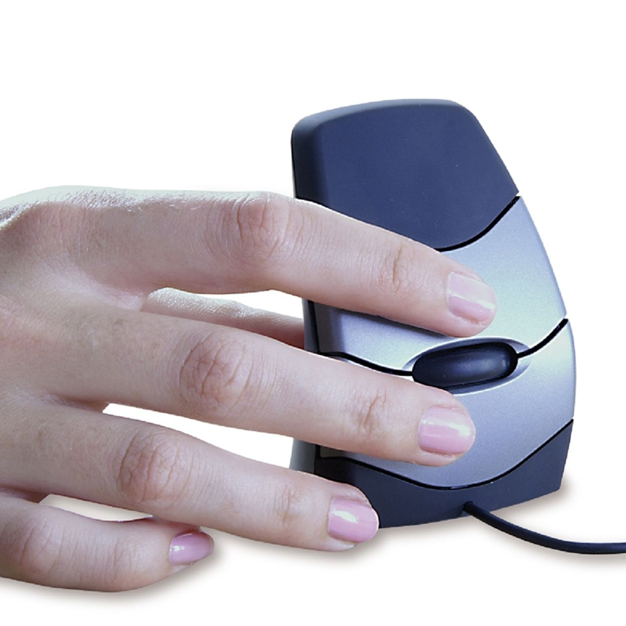 DXT Precision Mouse bedraad zijkant met hand